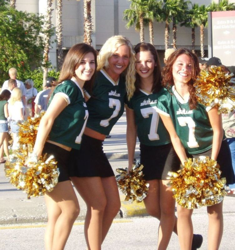 Come Cheer on the USF Bulls