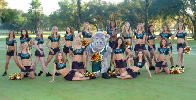 2004-05 Sun Dolls Team (click to enlarge image)